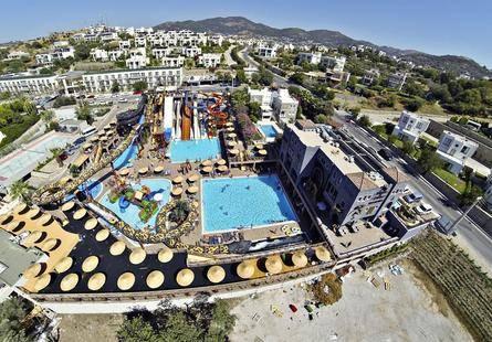 Cactus Fleur Beach Club & Aquapark