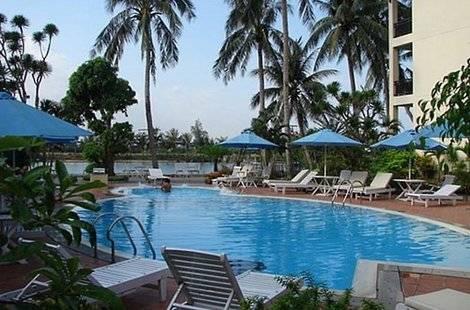River Beach (Ex. Dong An Beach Resort)