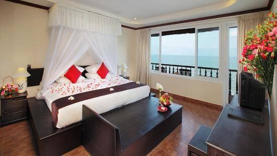 Rock Water Bay Resort & Spa
