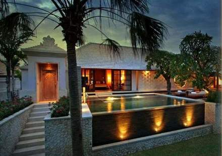 The Royal Santrian Villas