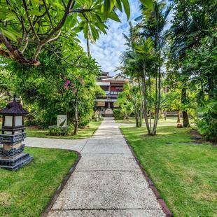 Rama Beach Resort & Villa