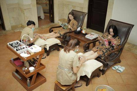 Pelangi Bali Hotel