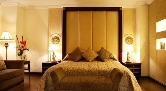 Lk Renaissance Hotel