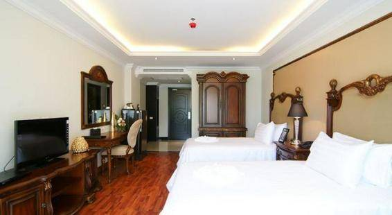Miracle Suite Hotel