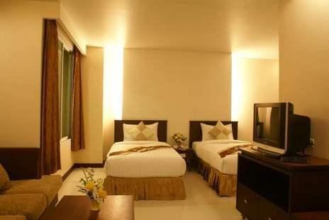 Aiyara Palace Hotel