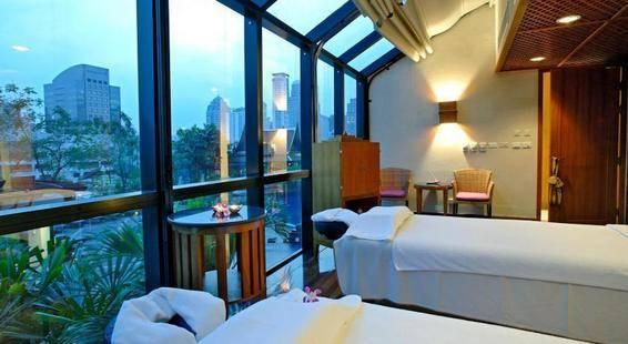Plaza Athenee Bangkok A Royal Meridien Hotel