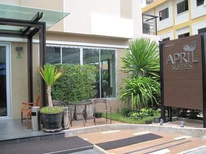 April Suites Hotel