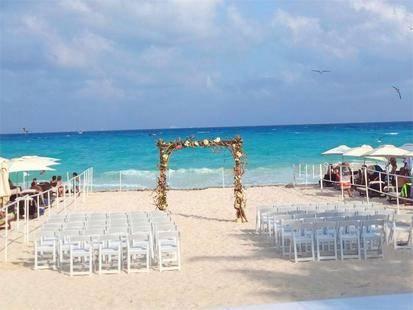 Tukan Hotel Beach Club