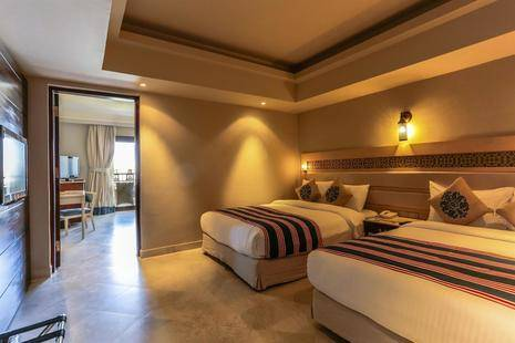 Sunrise Grand Select Arabian Beach Resort