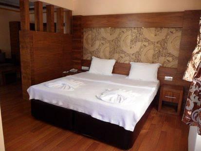 Kemper Dinara Hotel