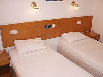 Esra Hotel