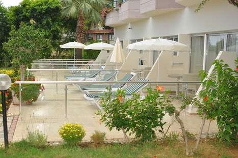 Aska Just In Beach Hotel
