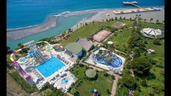 Raymar Resort&Aqua