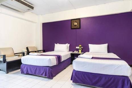 Sawasdee Sunshine Hotel