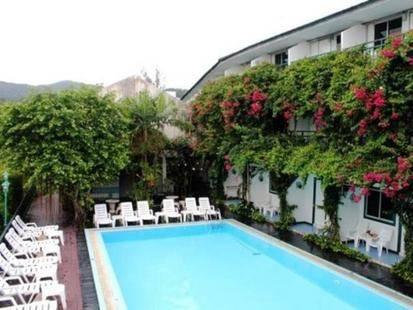 Kamala Beach Inn Hotel
