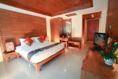 Honey Resort