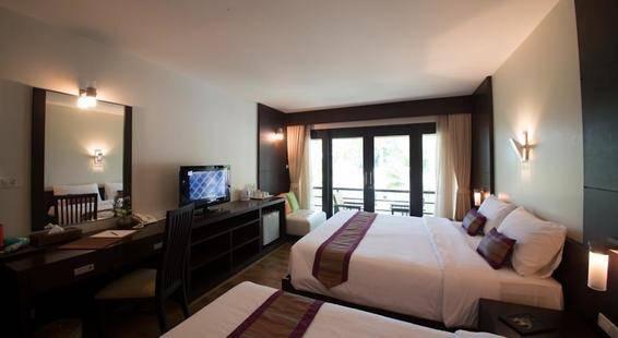 Tup Kaek Sunset Beach Resort & Spa