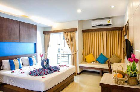 Blue Sky Patong Hotel