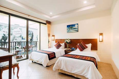 Kata Silver Sand Hotel
