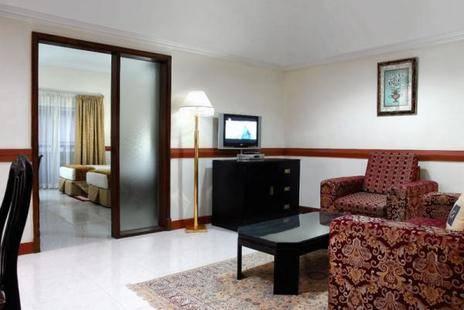 Al Muraqabat Plaza Hotel Apartments