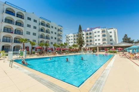 Crown Resort Ela Maris
