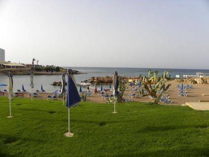 Pola Costa Beach Hotel Apts