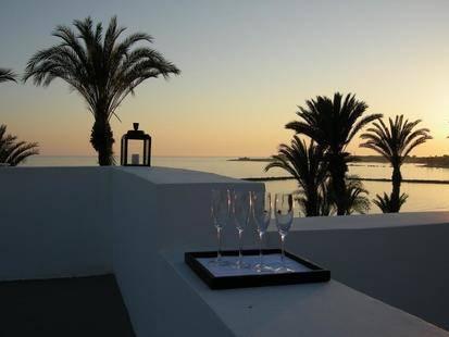 Almyra Hotel
