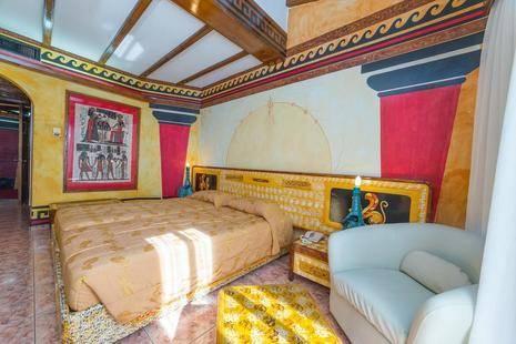 Roman Hotel