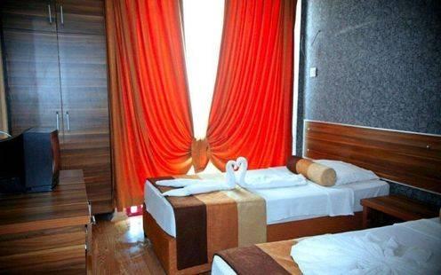 Bella Pino Hotel