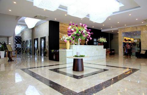 The Light Hotel & Resort