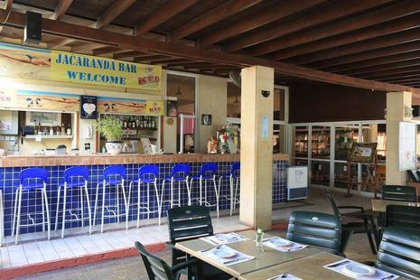 Jacaranda Hotel Apts
