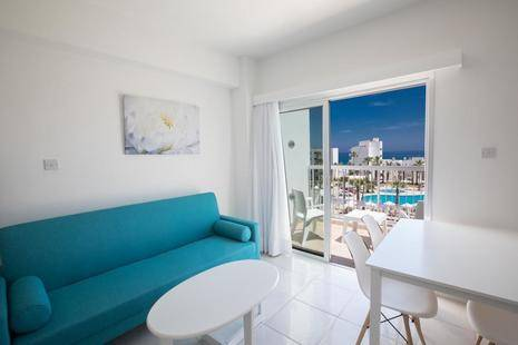Papantonia Hotel Apartments