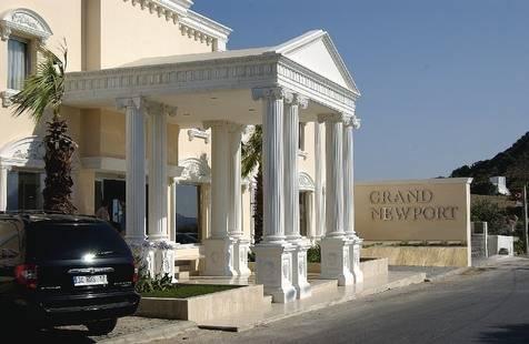 Grand Newport Hotel
