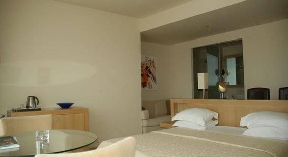 Lvzz Hotel