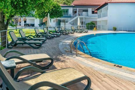 Club Meri Hotel