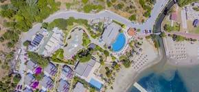 3 S Beach Hotel