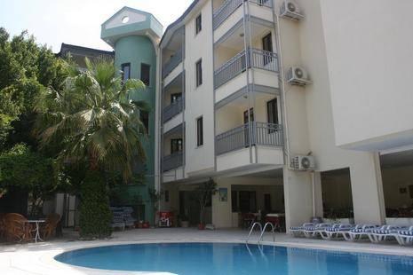 Oasis Apart Hotel