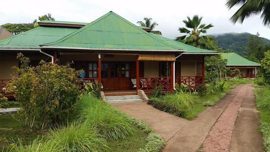 Paradise Flycatcher's Lodge