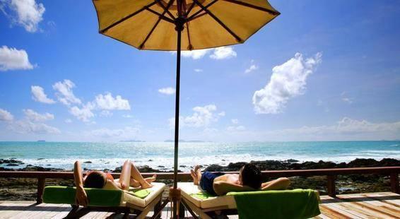 Crown Lanta Resort & Spa