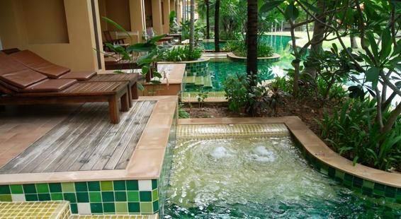 Villa Thongbura