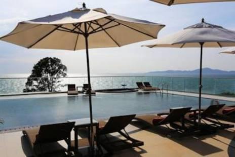 Centara Grand Phratamnak Resort Pattaya