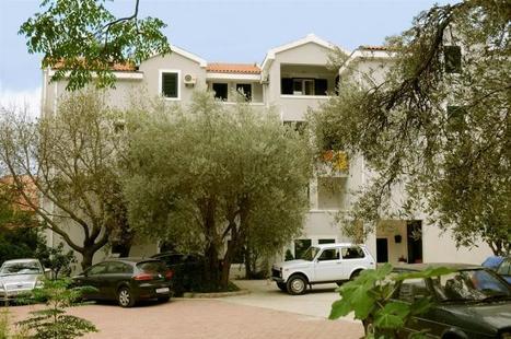 Villa Spomenka (Cat. B)