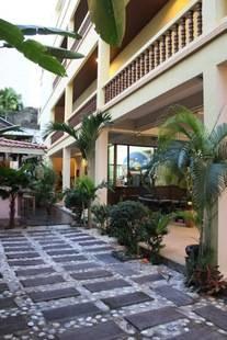 Massuwan House
