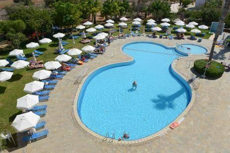 Artemis Hotel Apts