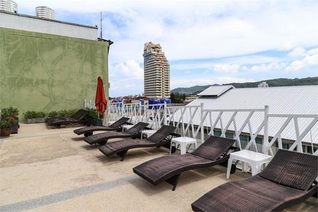 Pj Patong Resortel