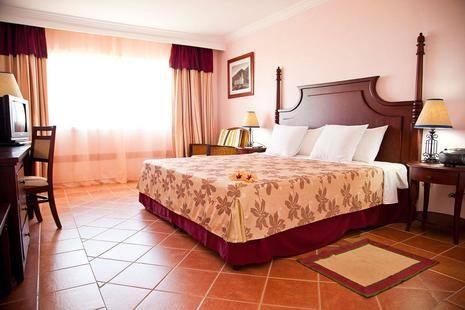 Memories Paraiso Beach Resort