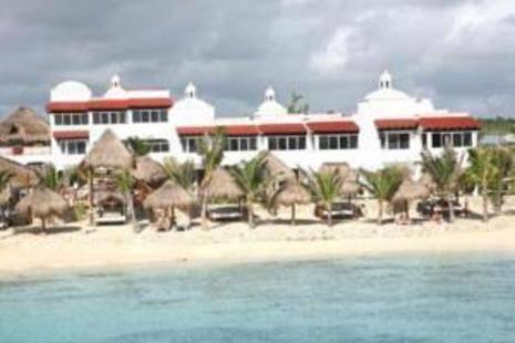 Hidden Beach Resort (Adults Only 18+)