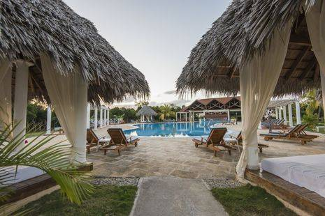 Hotel Playa Pesquero Resort, Suite & Spa