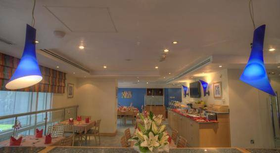 Al Diar Palm Suites Hotel