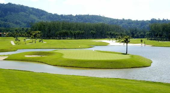 Mission Hills Golf Resort & Spa
